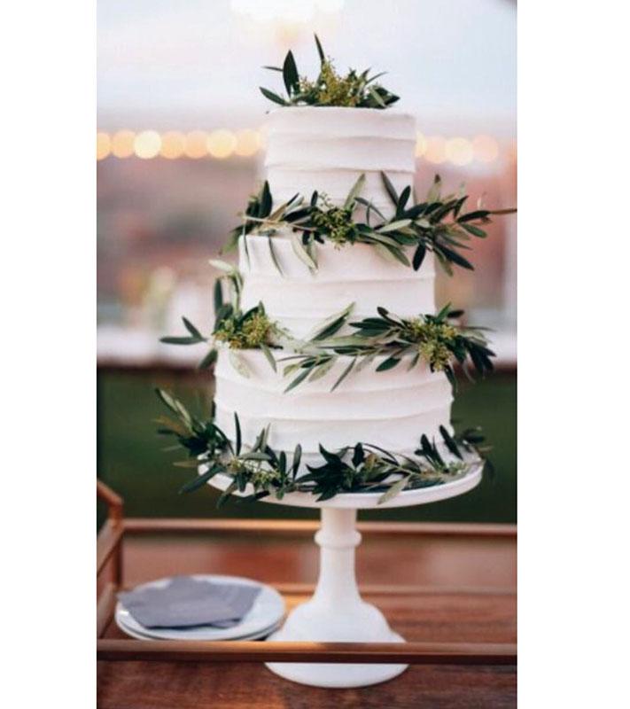 02e2f77b5e77 Γαμήλια τούρτα με φύλλα ελιάς